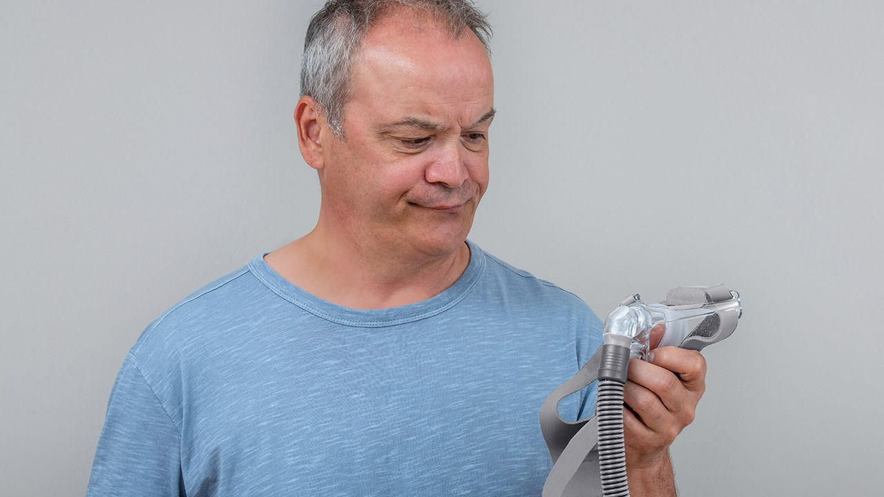 cpap man dealing treatment
